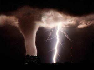 tornado-and-lightning1