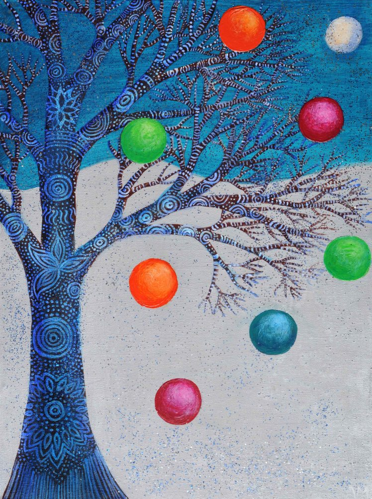 alice-winter-tree-baubles
