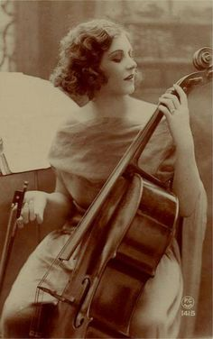 cello-lady