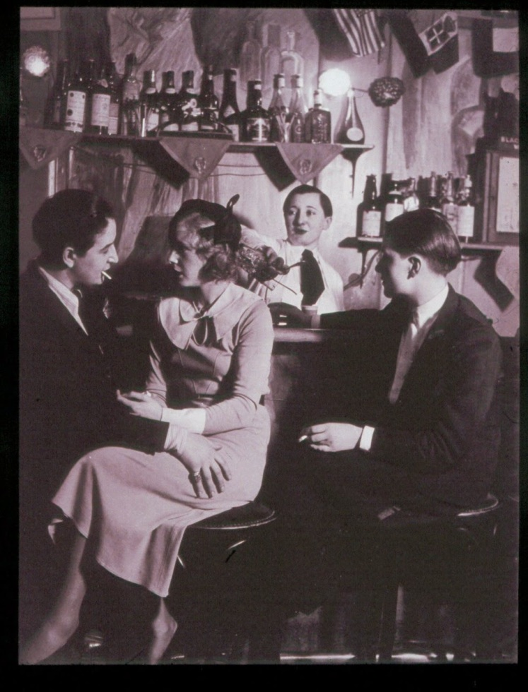 le-monocle-lesbian-nightclub-paris-1932-4