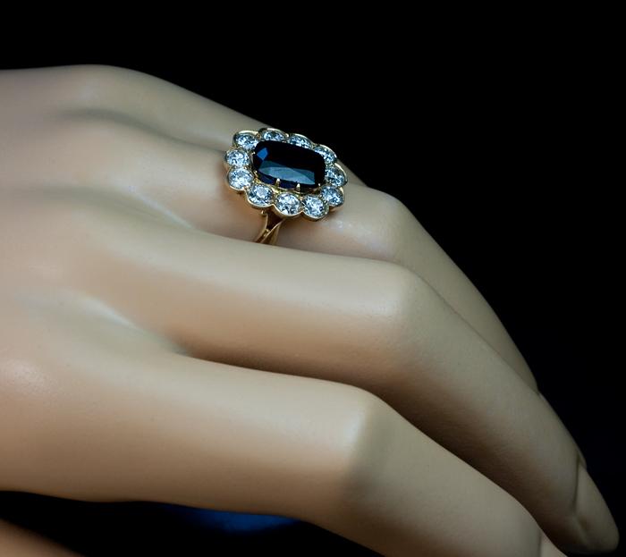 sapphire_diamond_cluster