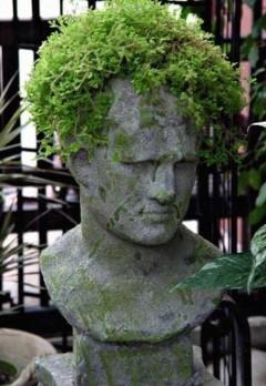 green-hair-statue-240x348