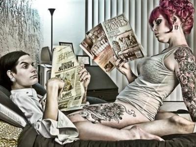 reading-couple