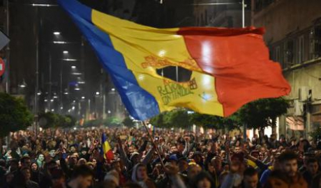 big-un-nou-protest-de-solidaritate-la-bucuresti-peste-2000-de-oameni-au-iesit-in-strada