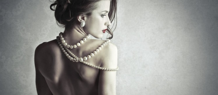 pearls woman