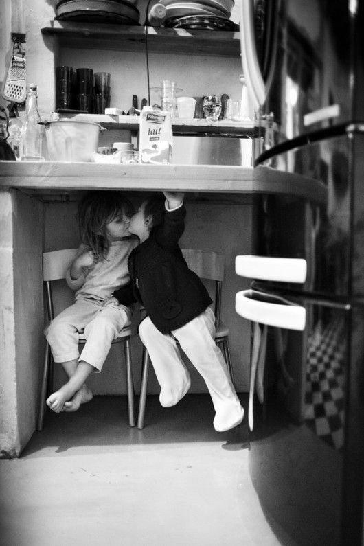 kiss under table