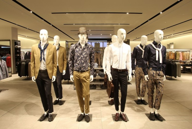 men in display
